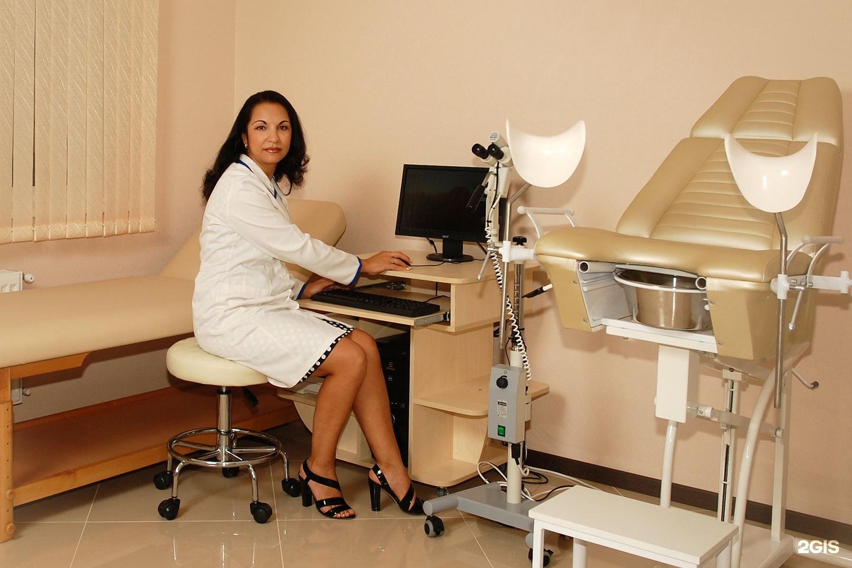 Фото девушек врачей в кабинет