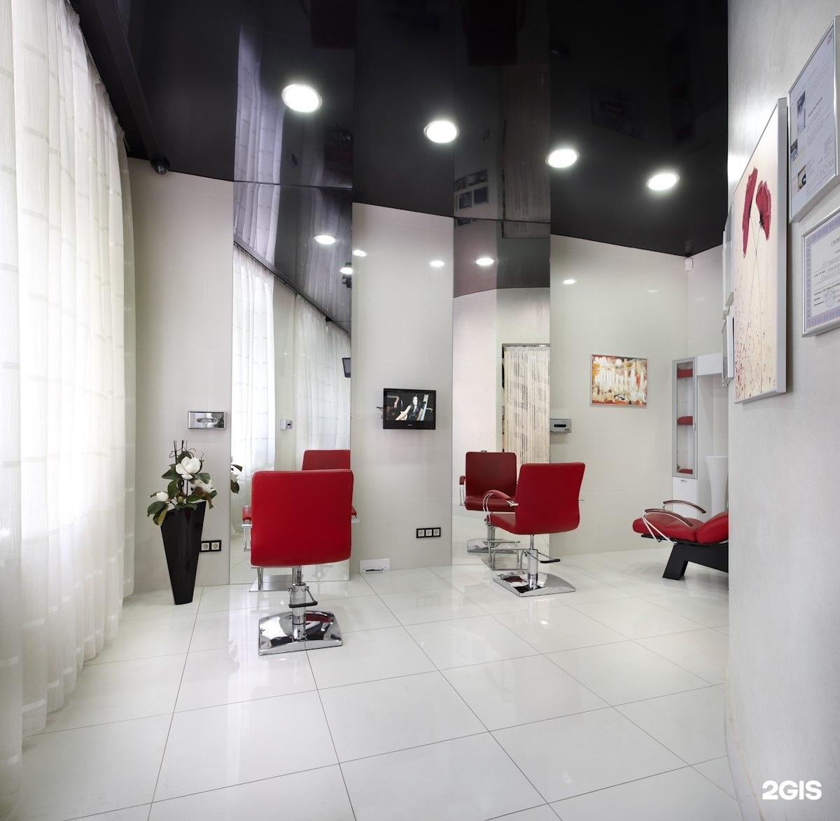 Интерьер парихмахерской. 70 фото дизайнов 47