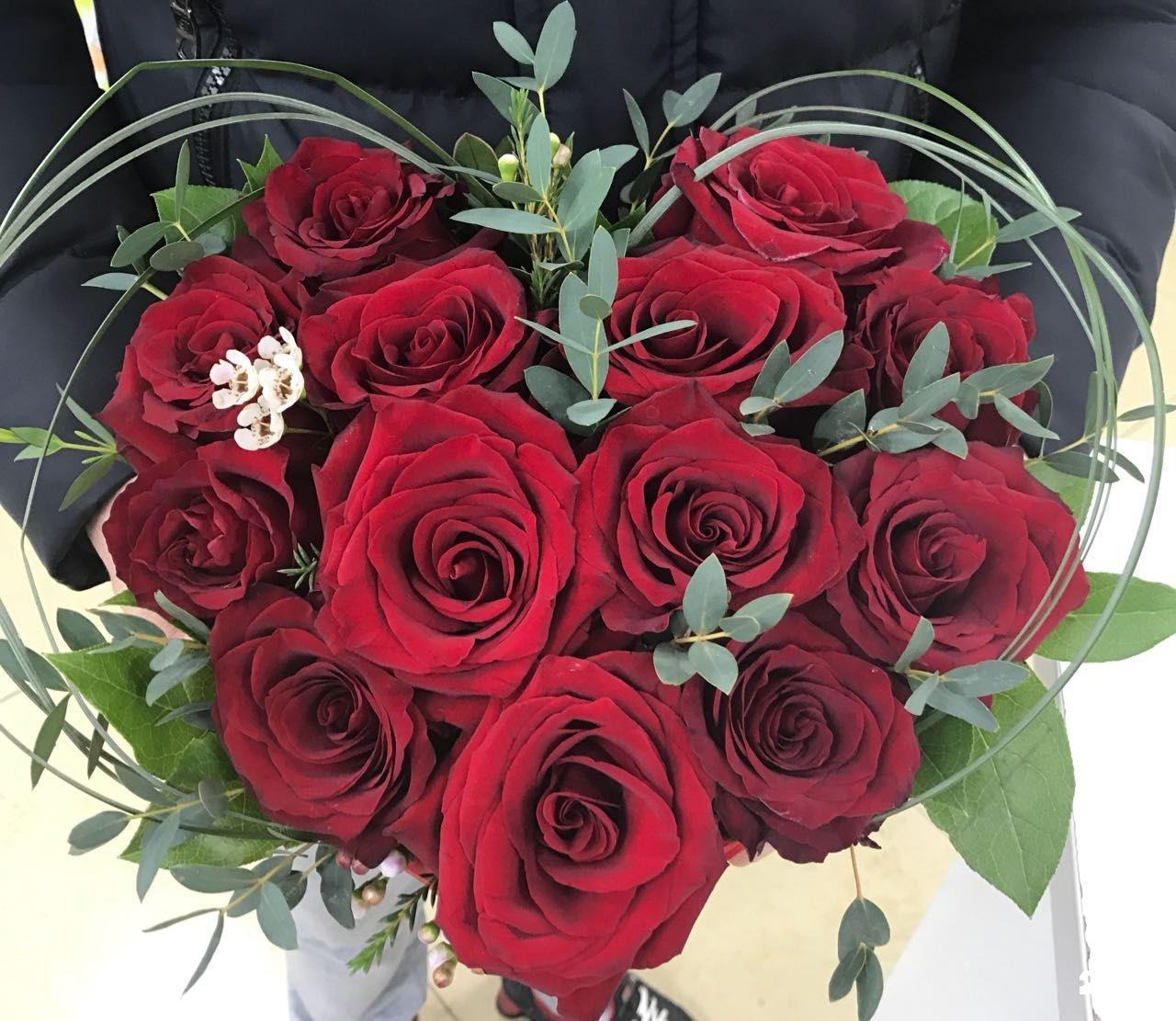 Невесты кустовых, красивый букетик цветов для вас