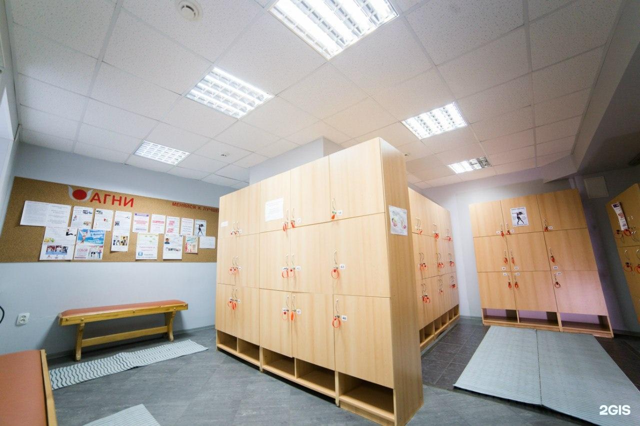 Спортзал для девушек раздевалка, Скачать В женской раздевалке одного спортивного 17 фотография